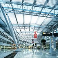 Ein Foto der Innenansicht der Flughafen Düsseldorf Halle