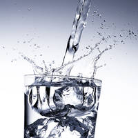 55_Eiswuerfelglas
