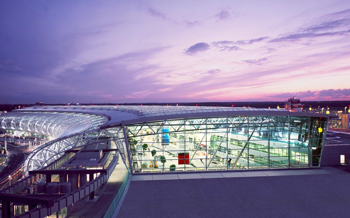 Flughafen_Duesseldorf_Dach
